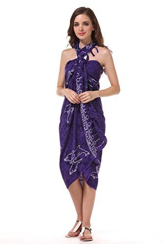 ManuMar Damen Sarong | Pareo Strandtuch | Leichtes Wickeltuch in lila mit Muschel-Motiv mit Fransen-Quasten XXL Übergröße 115x225 cm