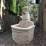 Gartentraum Stilvoller Garten Steinbrunnen mit Verzierungen - Catania, Steingrau