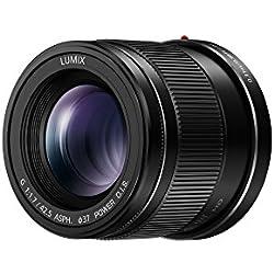 Panasonic Lumix Objectif à focale fixe pour capteur micro 4/3 42,5mm F1.7 H-HS043E-K (Grand angle 42,5mm, Très Grande ouverture F1.7, Stabilisé, equiv. 35mm : 85mm) Noir - Version Française