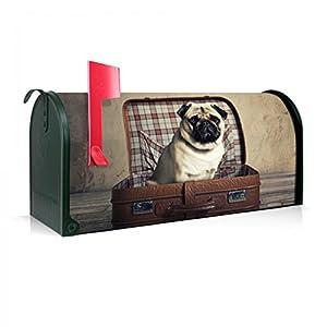 BANJADO US Mailbox | Amerikanischer Briefkasten 51x22x17cm | Stahl grün mit Motiv Mops im Koffer