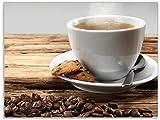 Wallario Stilvolle Glasunterlage/Schneidebrett aus Glas, Heiße Tasse Kaffee mit Kaffeebohnen, Größe 30 x 40 cm, Kratzfest, aus Sicherheitsglas