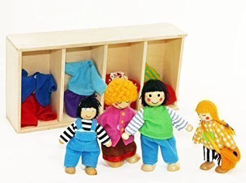 Freda - Dolls Family - Wooden Flexible Puppets - Including Clothes For Changing - Set Of 4 Dolls