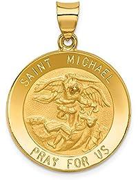 db51f4700c0 Colgante medalla de San Miguel de 14 quilates en oro amarillo