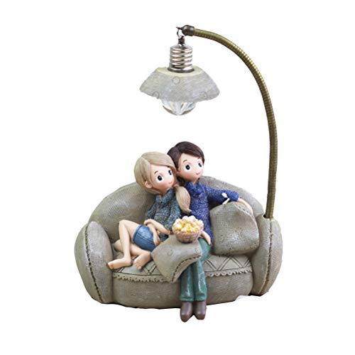 Vosarea Mini of Resin Couple stting in Sofa with lamp living room Bedroom Ornaments for Lovers of the house Valentine 's Day Gift (a)