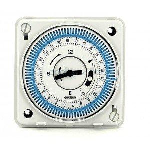 horloge-encastree-journaliere-pour-electrolyseur