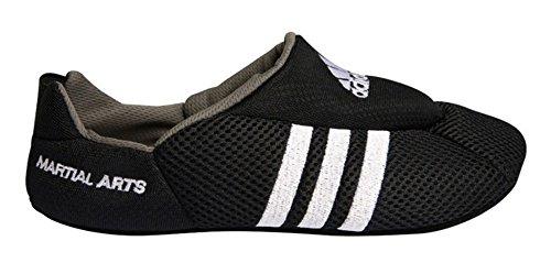 Adidas Mattenschuhe mit weißen Streifen S