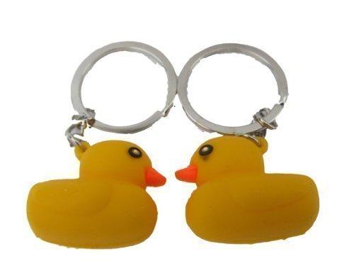 Paar Niedlich Gelb 3d Gummienten Schlüsselring Handtasche Charm Geschenk Uk Verkäufer - Geschrieben Von London Nur Von Fett-catz (Hochwertige Kostüme Uk)