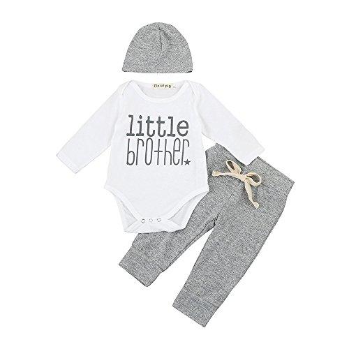 092b46553 Primera puesta, ¿qué ropa es la más adecuada para un recién nacido?