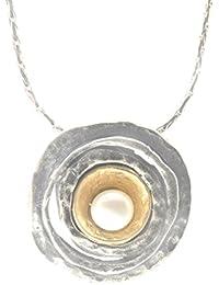 Colgante redondo martillado a con plata y perla