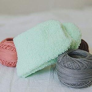 Erduo Nette Süßigkeit-Farben-Feste weiche Frauen-flaumige Socken korallenroter Samt-Winter-warmes Hauptinnenboden-Mädchen-Frottier-Tuch-flockige Socken