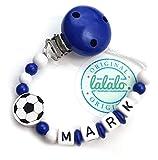LALALO Schnullerkette Fußball mit Namen, Junge, Baby Fussball Motiv aus Holz, Handmade Individuelle Jungs Namenskette zur Geburt, Geburtstag, Weihnachten, Taufe (Dunkel Blau)