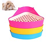 DesignerBox Pet Litter Tray, Small Animal Triangle Toilet Potty Trainer Pet Pee Corner Litter Tray Training for Hamster Chinchilla Guinea Pig Bunny Ferret (Color Random)