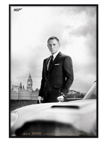 film-black-gloss-framed-poster-of-suave-and-sophisticated-daniel-craig-as-james-bond-007-61x915cm