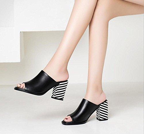 Wort dick mit Sandalen und Pantoffeln Damen-europäische und amerikanische Art und Weise Leder hochhackige Sandalen Black