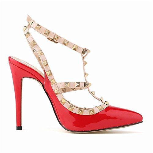 Fashionista Scarpe da Donna con stile rivetto . con materiali mettalo. con Tacco Alto colorato con colori fashion. Scegli un misura in piu' rispetto reale.