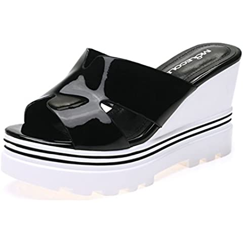 Modernas sandalias de las mujeres del verano de los deslizadores con antideslizantes zapatos de suela de goma plataforma elevadora cuña de talón de fondo grueso