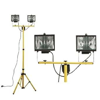 Double projecteur halogene 500w sur pied telescopique for Projecteur exterieur 500 watts