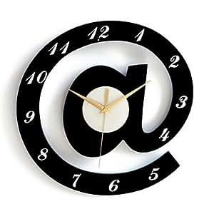 JOJO alphabet élégant décoratifs horloges murales - blanc + noir (1 x AA)