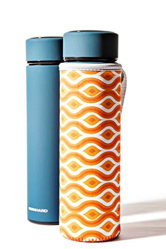 Thermosflasche Thermoskanne Isolierkanne 450ml Edelstahl Design mit extra Teesieb und Retro-Neopren Hülle für Outdoor - im Büro stahlblau. Heiß Kalt