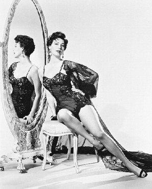AVA GARDNER #18 - Photo cinématographique en noir et blanc- STANDARD - 25x20cm