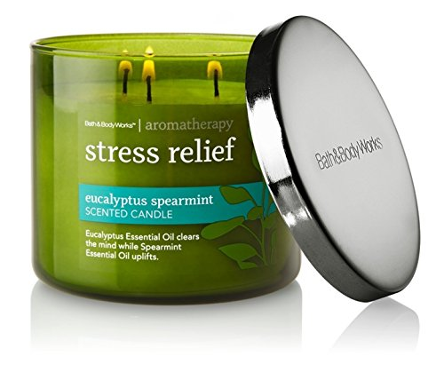 "Bath & Body Works, candela per aromaterapia con 3 stoppini, 14,5 oz, motivo: ""Stress Relief"", aroma: eucalipto e menta, colore: verde"