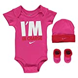 Nike Baby Set Bodysuit Schuh Cap 0-6 Monate Rosa Weiß I'm in Charge