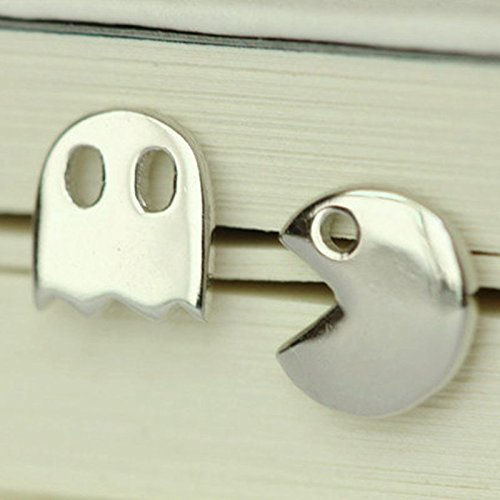 sterling-silver-pac-and-ghost-arcade-game-silver-stud-earringsgift-e-463