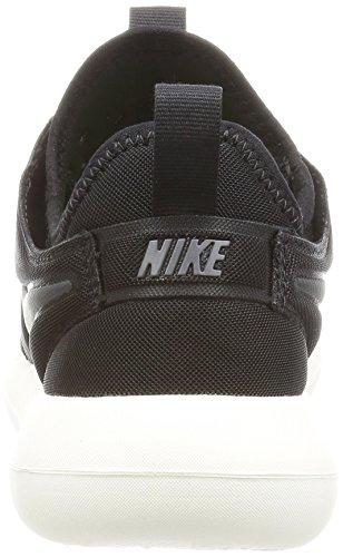 Nike W Roshe Two, Scarpe da Corsa Donna Nero (Black/anthracite/sail/volt)
