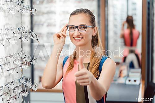 druck-shop24 Wunschmotiv: Frau empfiehlt Neue Brillen zu kaufen #227011057 - Bild auf Leinwand - 3:2-60 x 40 cm / 40 x 60 cm