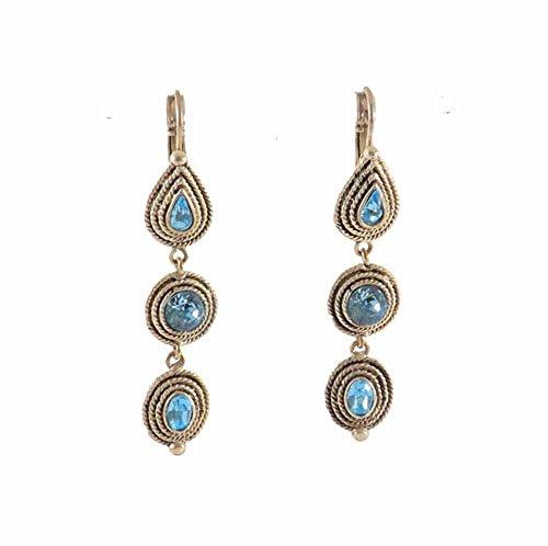 bcbg-boucles-doreille-pendantes-une-ligne-metal-argente-et-serties-de-trois-cristaux-swarovskir-bleu