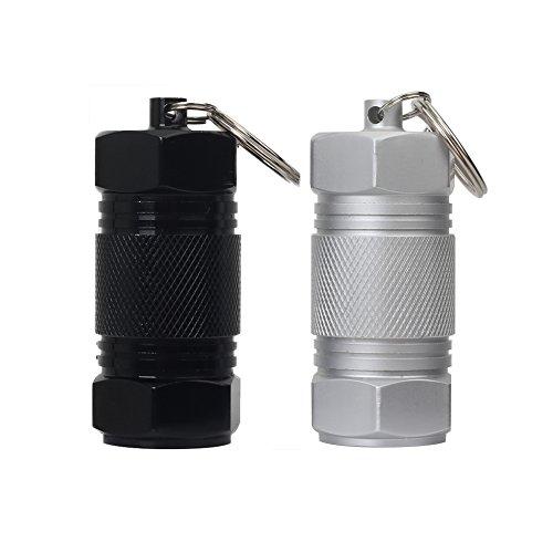 Shintop 2 Stück Pillendose Schlüsselanhänger mit Hohe Kapazität, Mini Pillenbox Anhänger Aluminium wasserdichte Kapsel Aufbewahrungsbox für Camping Sport und Draußen (Schwarz + Silber)