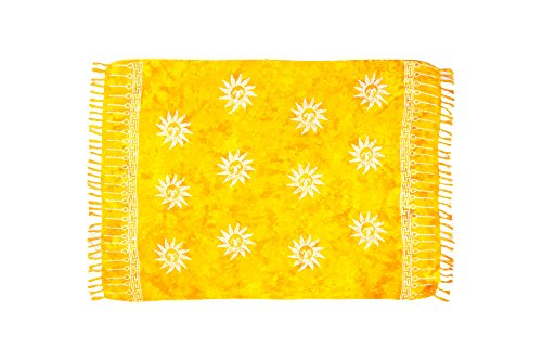 MANUMAR Damen Sarong Blickdicht | Pareo Strandtuch | Leichtes Wickeltuch in gelb mit Sonne-Motiv mit Fransen/Quasten | XXL Übergröße 225x115 cm | Sauna-Handtuch | Haman-Tuch | Bikini | Bali