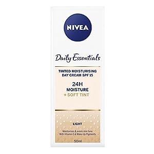 41bOkCiMPkL. SS300  - NIVEA-Diarios-Esenciales-Tinted-Da-Crema-Hidratante-Natural-SPF-15-50-ml-Paquete-de-3