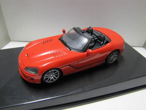 auto-art-gateway-dodge-viper-srt-10-2003-silver-1-43-aaga51703