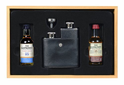 vintage-marque-glenlivet-founders-reserve-and-15-year-old-french-oak-whisky-with-double-hipflask-5-c