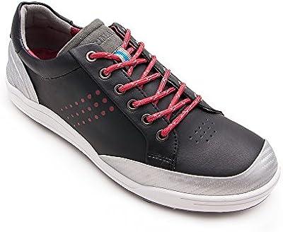Zapato de golf o running fabricado en piel de vacuno, deportivo y comodo.