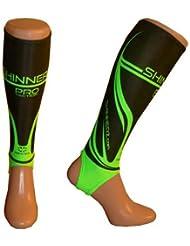 Calcetín Interior Shinnerz–shin protección maletero bajo Shin Pad., color Black / Green PRO, tamaño 5-7 Años