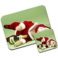 Piccolo Cagnolino vestito da Babbo Natale con bottiglia di champagne