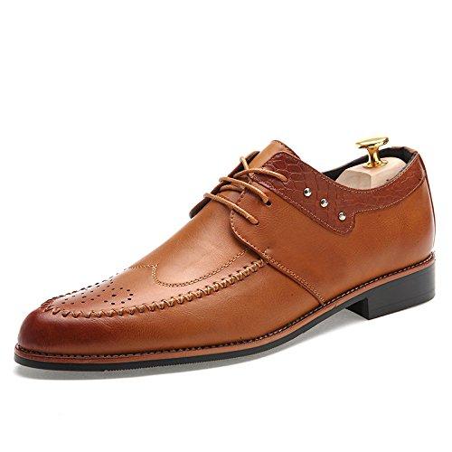 Männer Geschäftsschuhe Hochwertige echtes Leder Männer Schuhe Bullock geschnitzte Männer spitzte Schuhe Brown