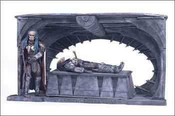 Alien vs Predator Birth of the Hybrid Box Set by McFarlane