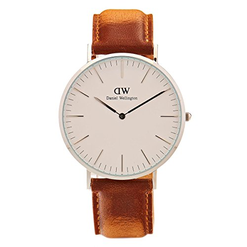 Daniel Wellington Men Analog Quartz Watch with Leather Strap DW00100110