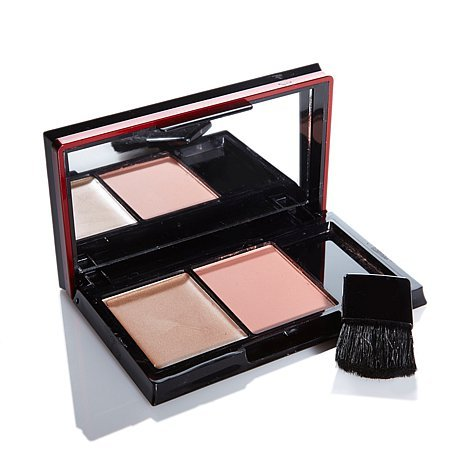 Signature Club A Platinum Candlelight Glow & Blush Compact by