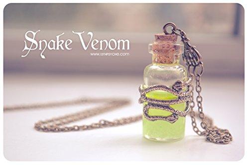 colgante-Botella-de-veneno-imitacion-brilla-en-la-oscuridad-collar-de-serpiente-veneno-collar-de-brillante-pocin-botella-collar-brillante-frasco-colgante-collar-gtico