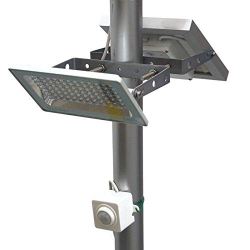Farola de calle LED con energía solar fotovoltaica GUARDIAN 580X