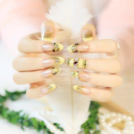 YUNAI Lange Mandel Frauen Fake Nails Gelbe Falsche Nail Tips Entworfen mit Phantasie Farbige Diamant Fingernägel für die Braut