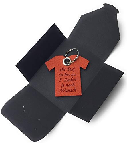 Schlüsselanhänger aus Filz - T-Shirt/Sport - hell-braun/rost-braun mit Namensgravur - als besonderes Geschenk mit Öse und Schlüsselring - Made-in-Germany