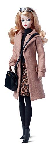 Mattel Barbie DGW54 - Barbie Fashion Model Collection Trenchcoat