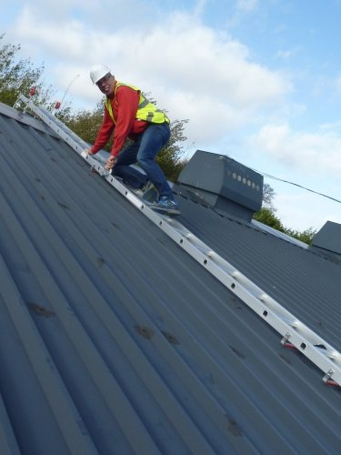 449m-folding-2-section-double-trade-roof-ladder-closed-length-229m