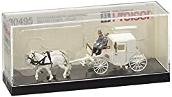 Preiser 30495 Horse Drawn Wedding Coach (Closed)
