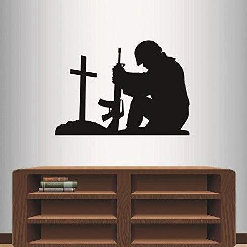 Soldat Kniend Beten Kreuz Abnehmbare Aufkleber Wohnzimmer Wohnkultur Vinyl Wandaufkleber für Schlafzimmer Jungen Kunst Poster 57x80 cm -